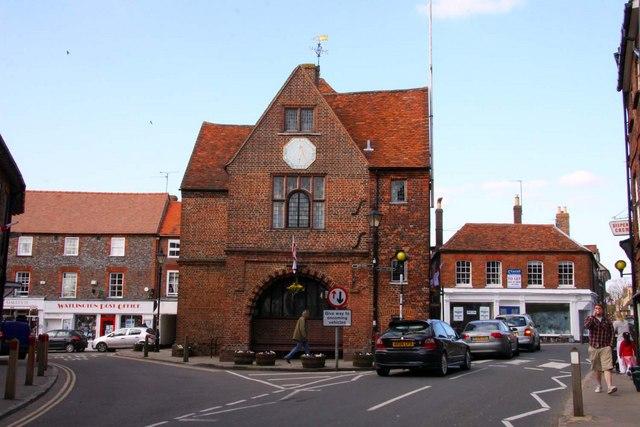 Watlington_townhall1